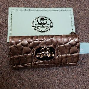 Kathy Van Zeeland clutch purse